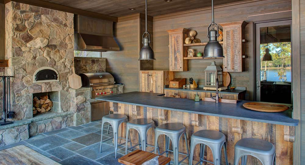 4 Natural-Looking Stones Perfect For Outdoor Kitchens